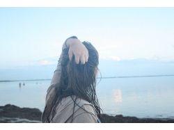 Красивые картинки грустных девушек у моря