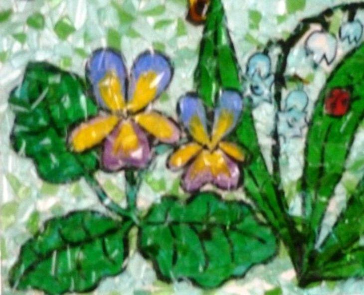 Поделки и картины из стекла