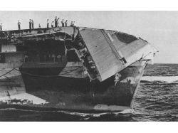 Фото корабли в шторм крушение 7
