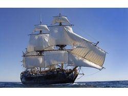 Фото корабли с белыми парусами 7