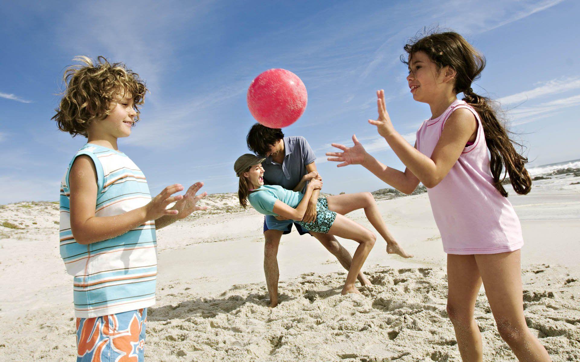 Фото нудистов на пляже и в других местах фото 326-449