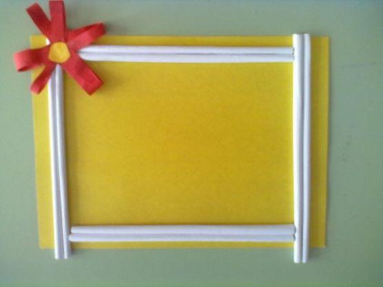 Фоторамка своими руками из цветной бумаги