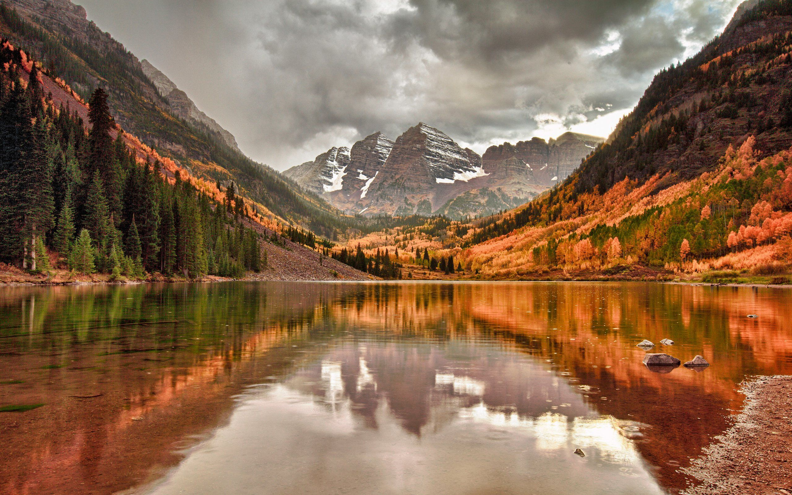 природа деревья озеро горы скалы nature trees the lake mountains rock  № 400360  скачать