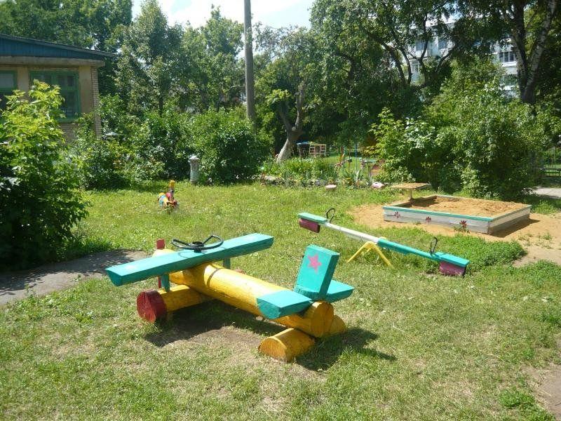 Развивающие поделки на участке детского сада