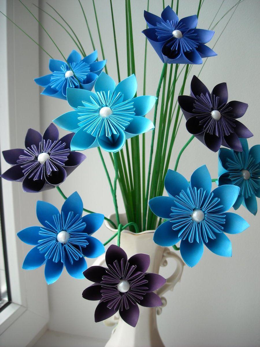 Поделка из бумажного цветка