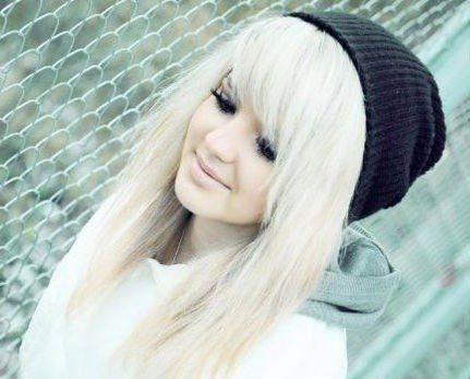 Фото красивых девушек блондинок с цветами