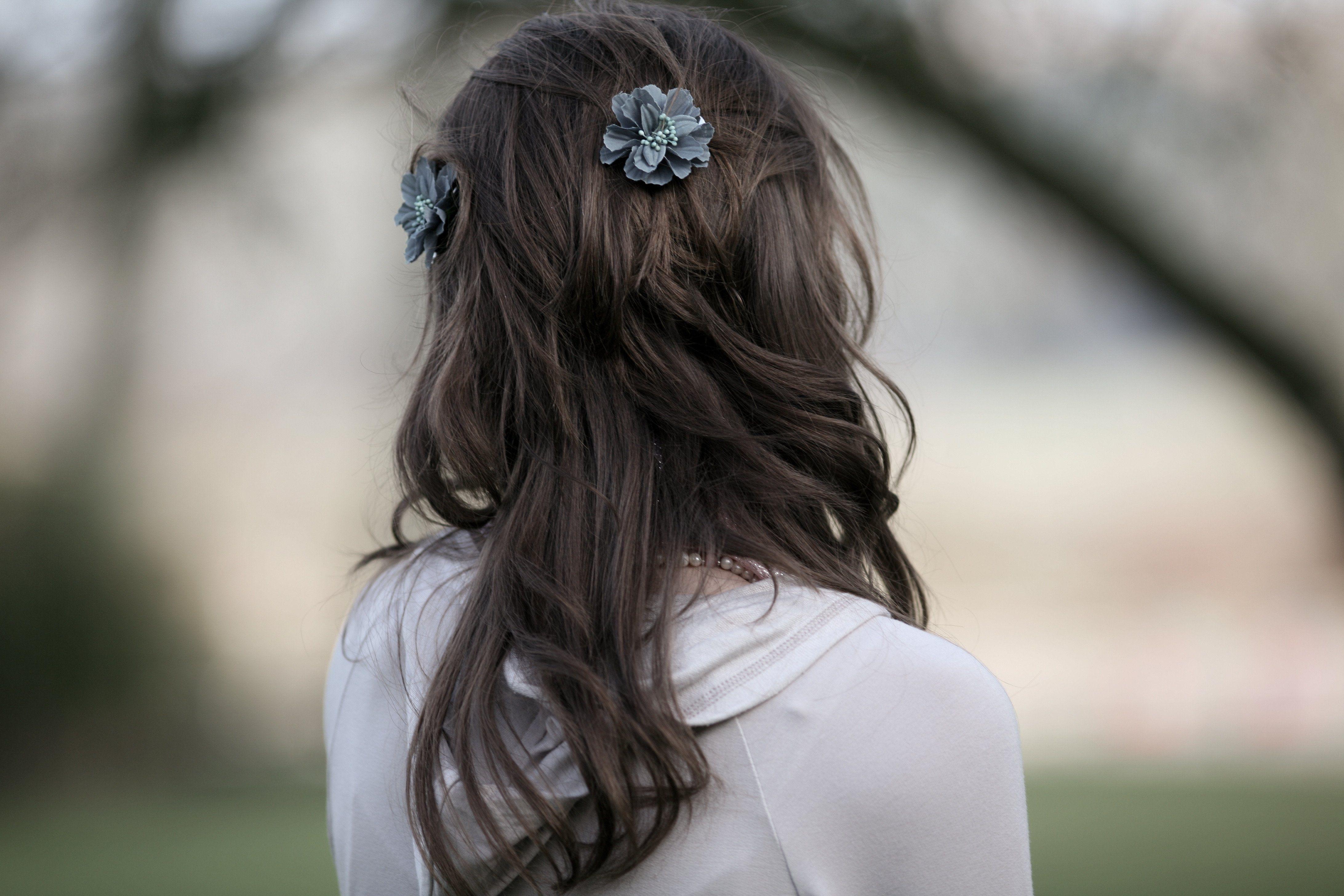 Фото брюнеток вид со спины девушек