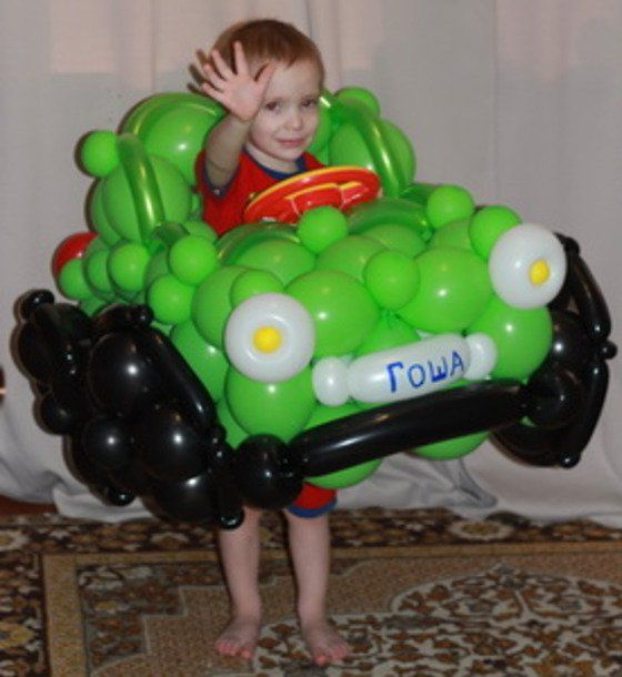Автомобиль из воздушных шаров своими руками