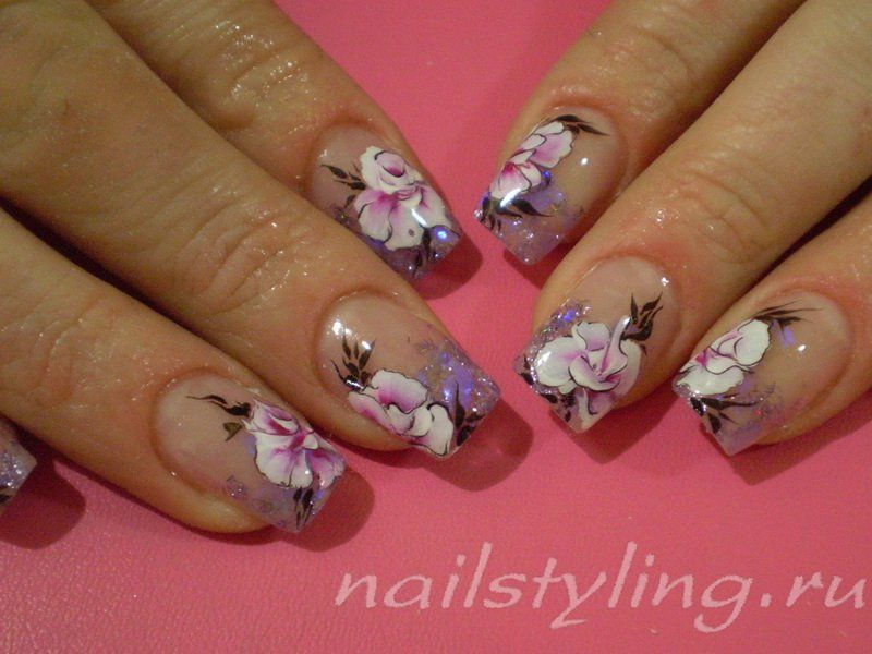 Фото рисунки на ногтях френч с цветами и