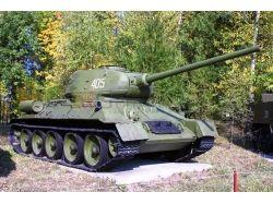 Памятники-танки фото 4