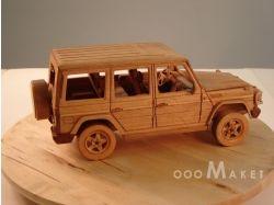 Модель автомобиля из дерева