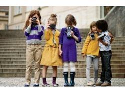 Фото целующиеся дети 9