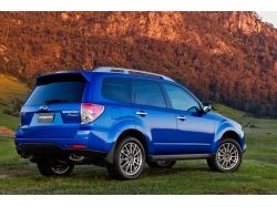 Subaru forester sti фото