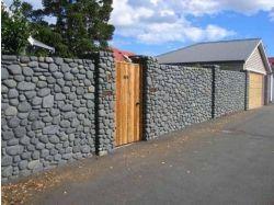 Заборы из дикого камня фото