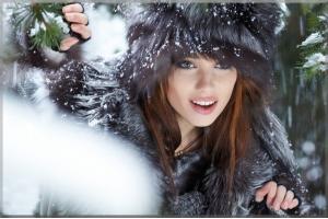 Фото девушек в лесу зимой 1