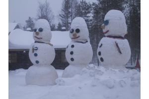 Снеговик из снега фото 5