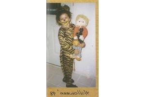 Фото селены гомес в детстве