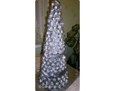 Вместо елки новогодний букет