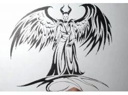 Рисунки черной ручкой 6