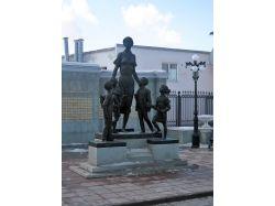 Памятники оренбурга фото
