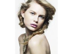 Картинки красивые косички на густые средние волосы 5