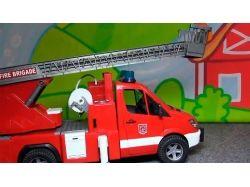 Пожарная машина тушит пожар картинки для детей 4