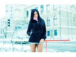 Фото девушки брюнетки зимой