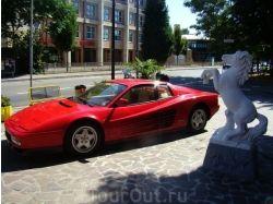 Красные машины фото