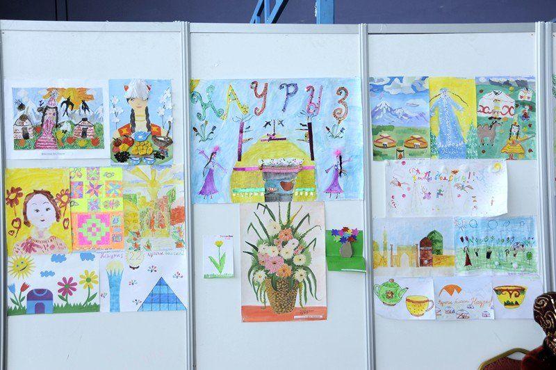 детских рисунков карандашом выставка
