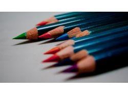 Новогодние рисунки цветными карандашами 5