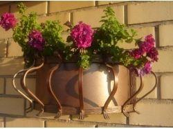 Кованые цветочницы на окна 3