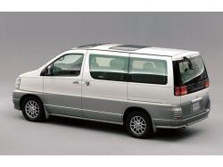 Nissan elgrand фото