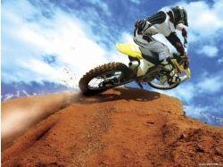 Кроссовый мотоцикл фото