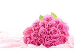 Розовые розы букет 1