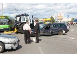 Разбитые машины фото