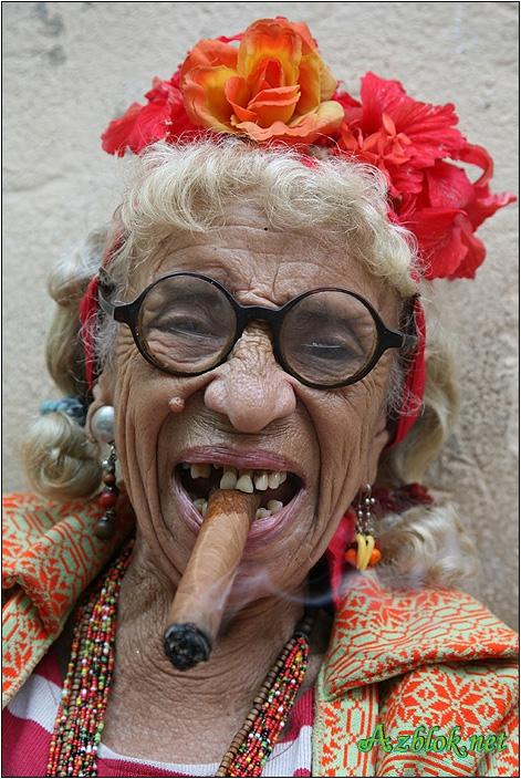 Мультяшная открытка, картинка смешные бабка