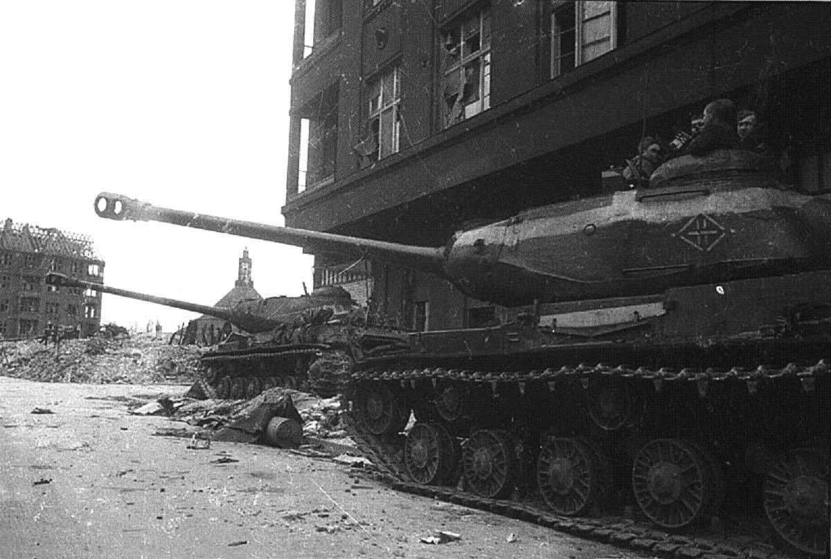 Штурм Берлина - фото | Военный альбом 1941-1945