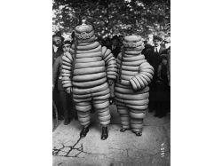 Самые страшные костюмы анима на хэллоуин фото
