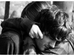 Парень и девушка обнимаются картинки
