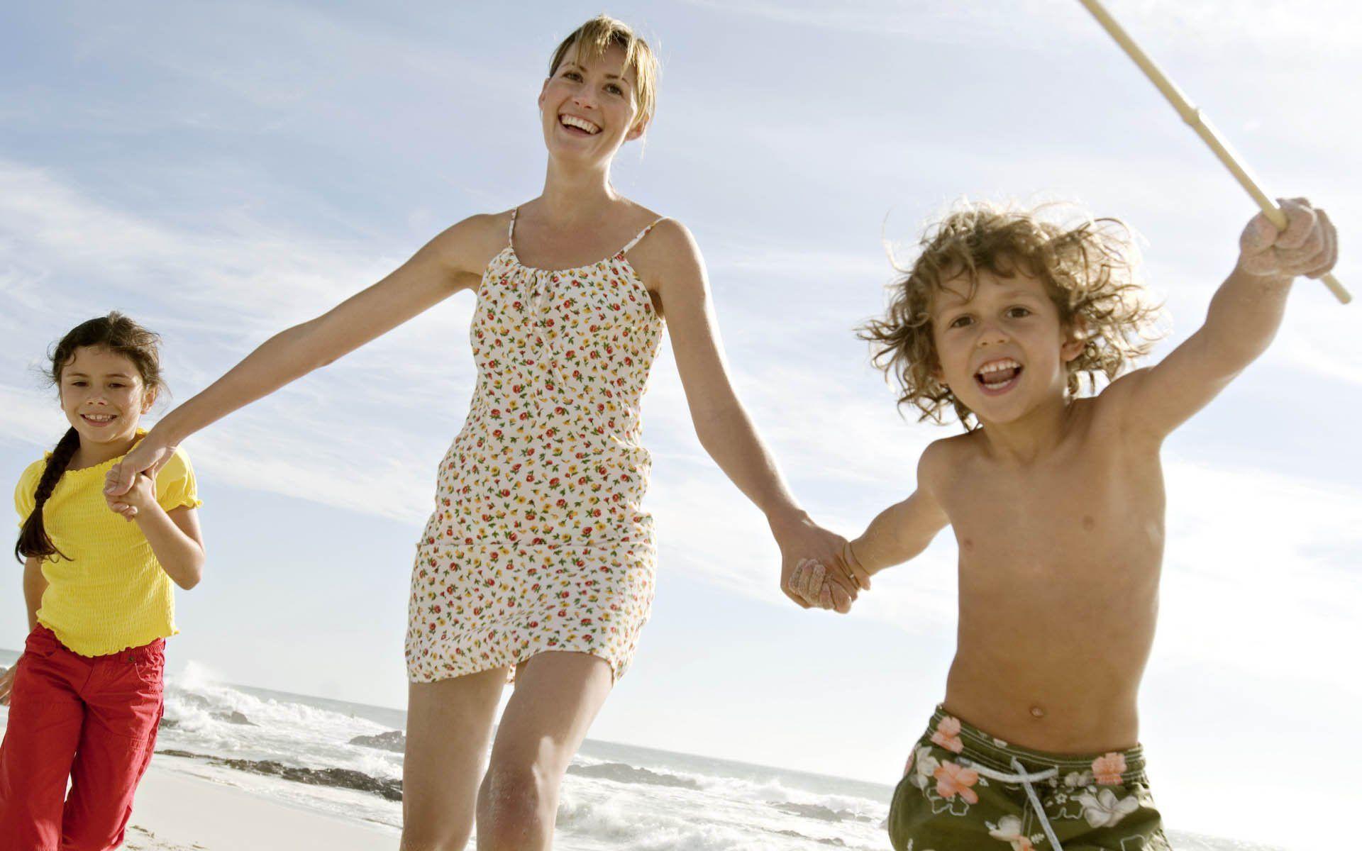 как правило дети на пляже фотографии семья и дети активность