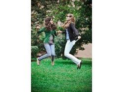 2 девушки картинки