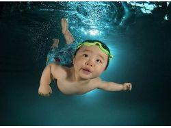 Дети фото под водой
