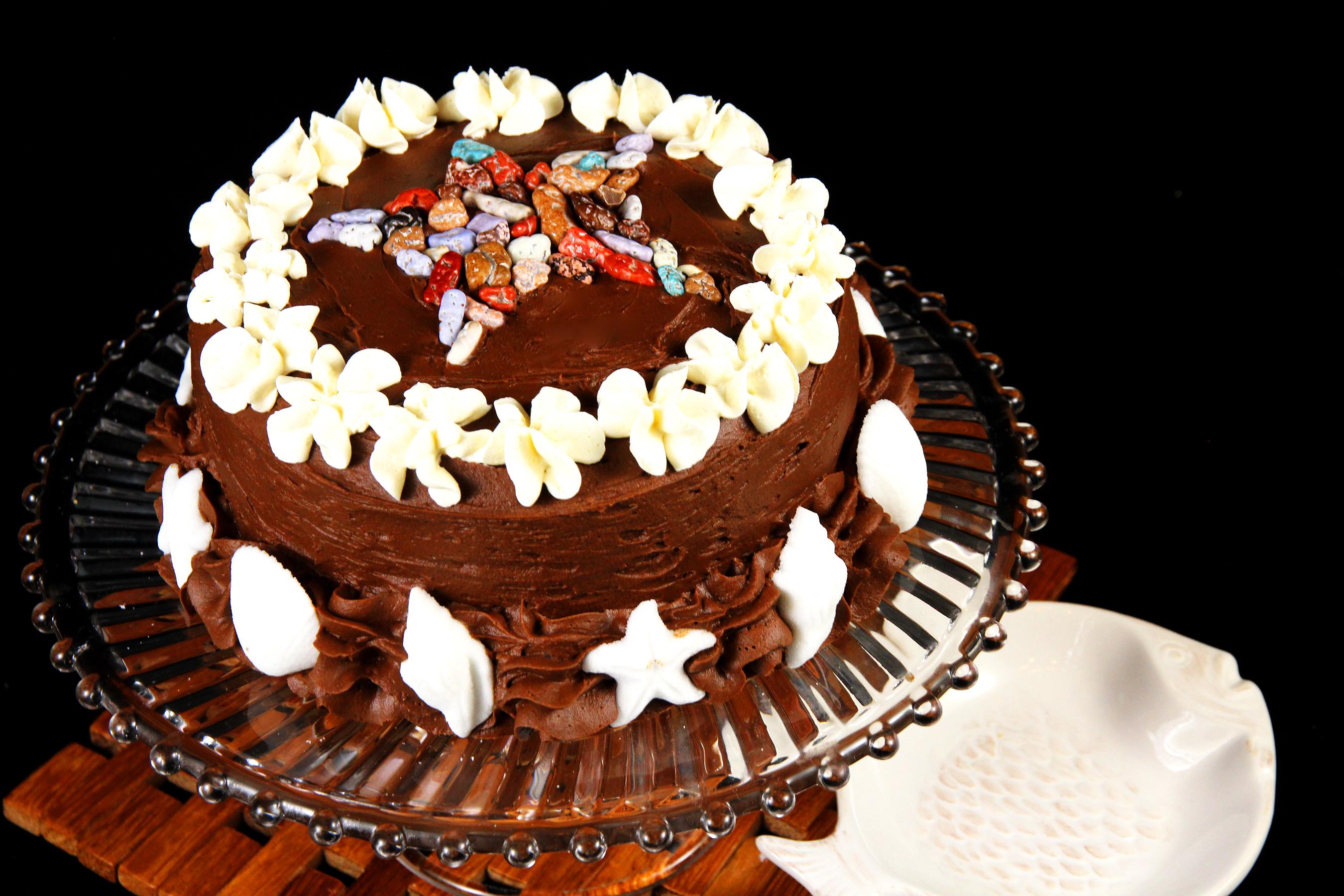 Праздником мужчин, картинки с тортами и конфетами