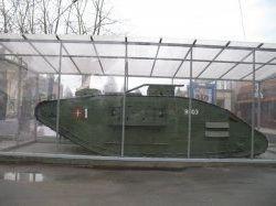 Памятники-танки фото
